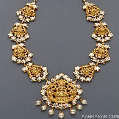Kundan Nakshi Heavy Necklace