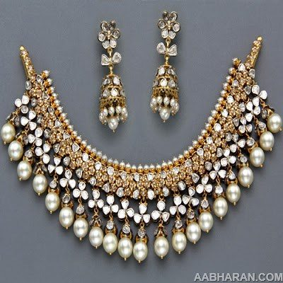 Kundan and Pearls Necklace