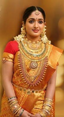 Kavya Madhavan in Traditional Jewellery