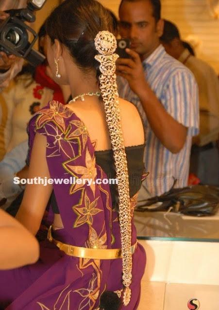 Bride in Diamond Jada