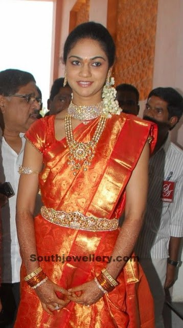 Sneha Reddy in  Diamond and Kundan Jewellery