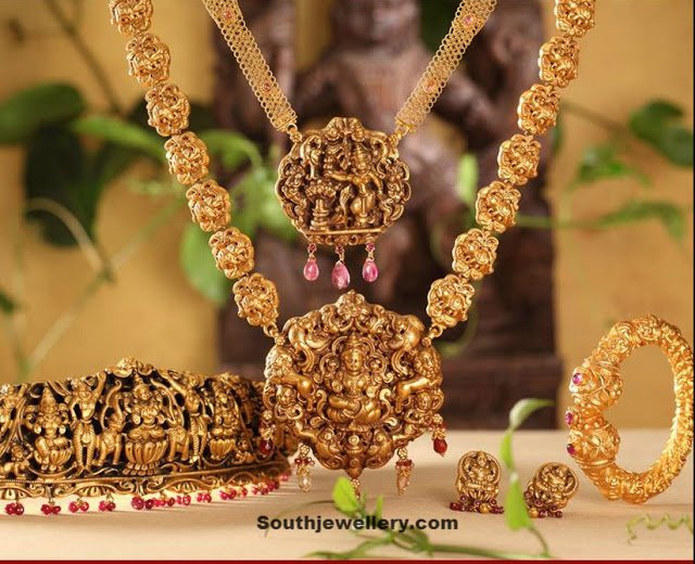 Temple Jewellery Set by NAC Jewellers