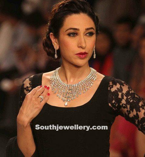 Karishma Kapoor in Diamond Necklace