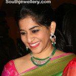 Stylish Emeralds and Kundan Necklace Set