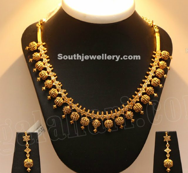 Simple Gold Beads Necklace
