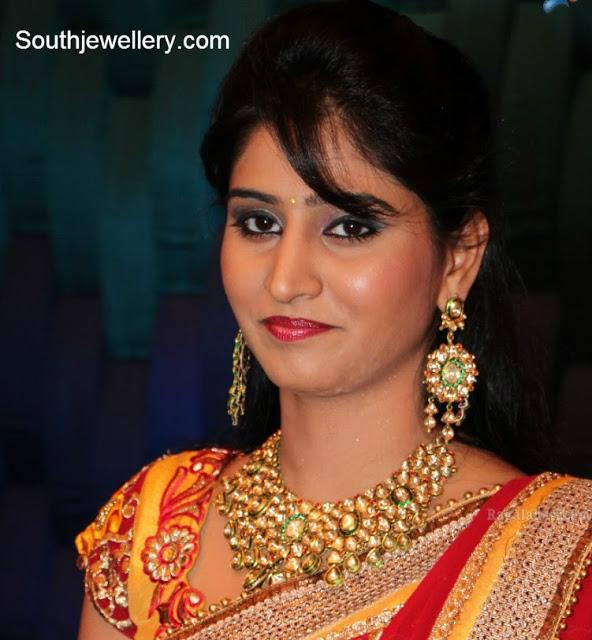 Model Shamili in Kundan Necklace Set