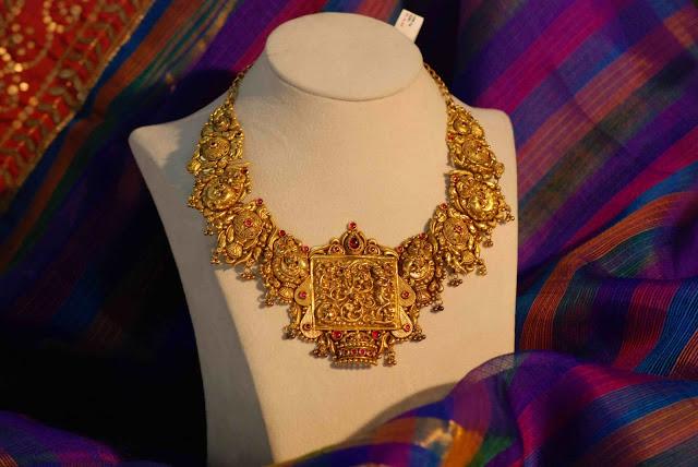 Heavy Nakshi Necklace