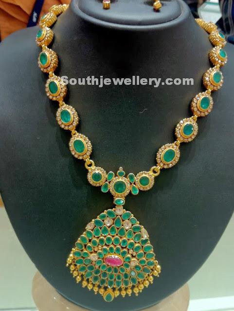 emerald uncut diamonds necklace