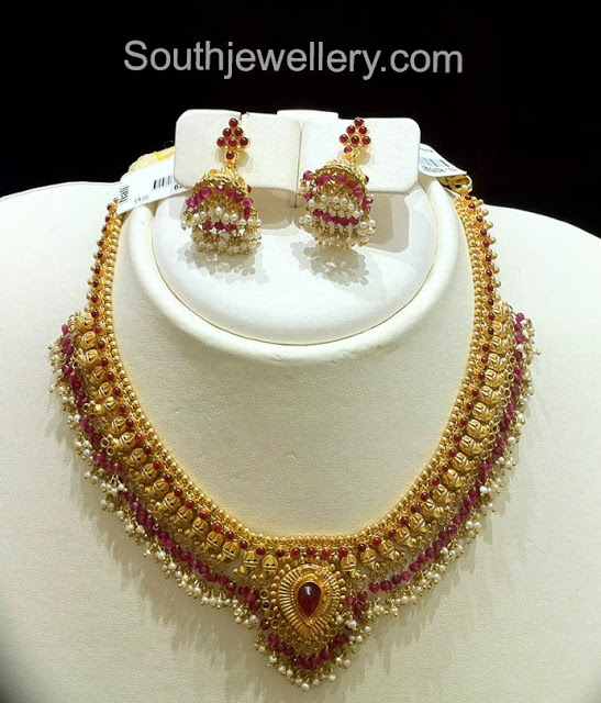 Necklace with Rubies and Pearls