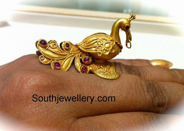 gold peacock finger ring