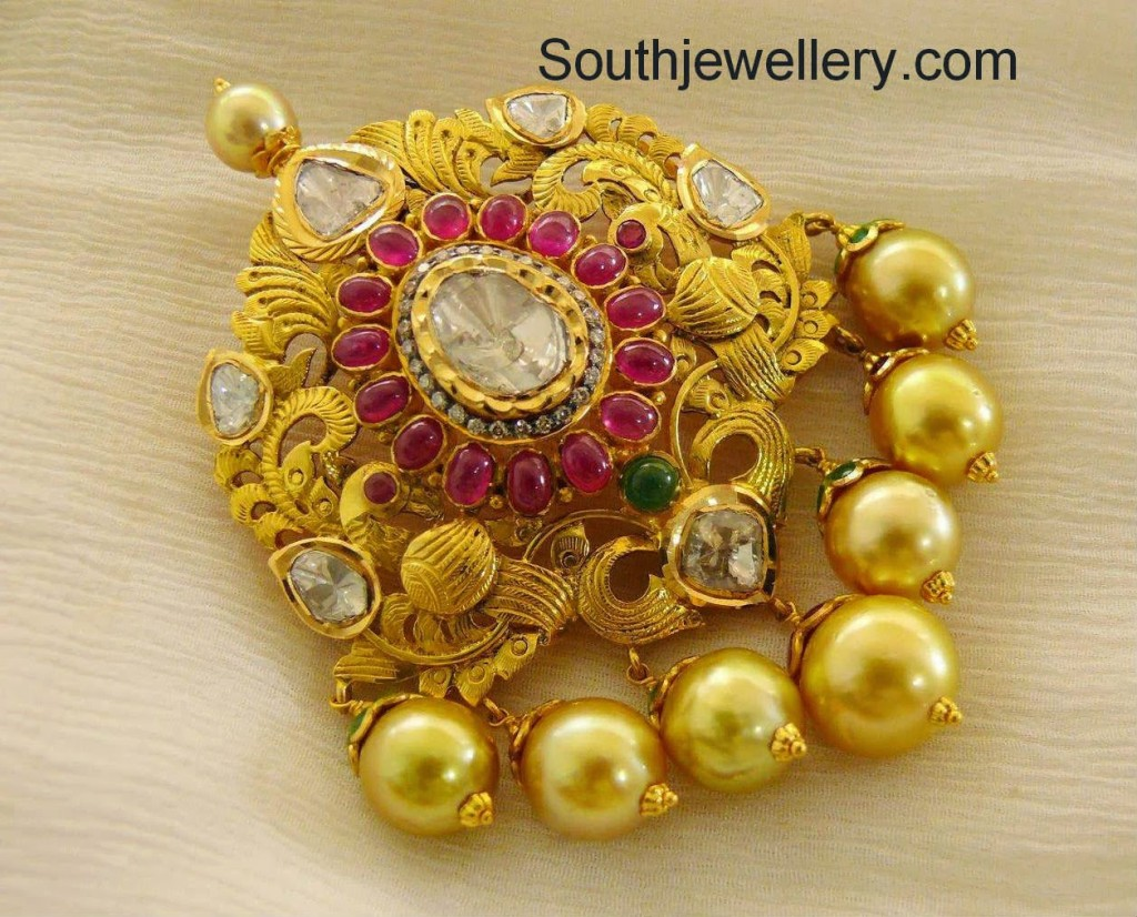 pendant with south sea pearls