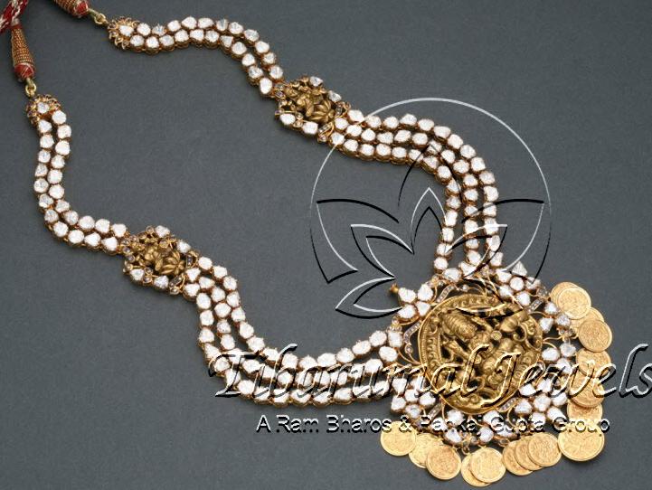 flat diaomnds necklace