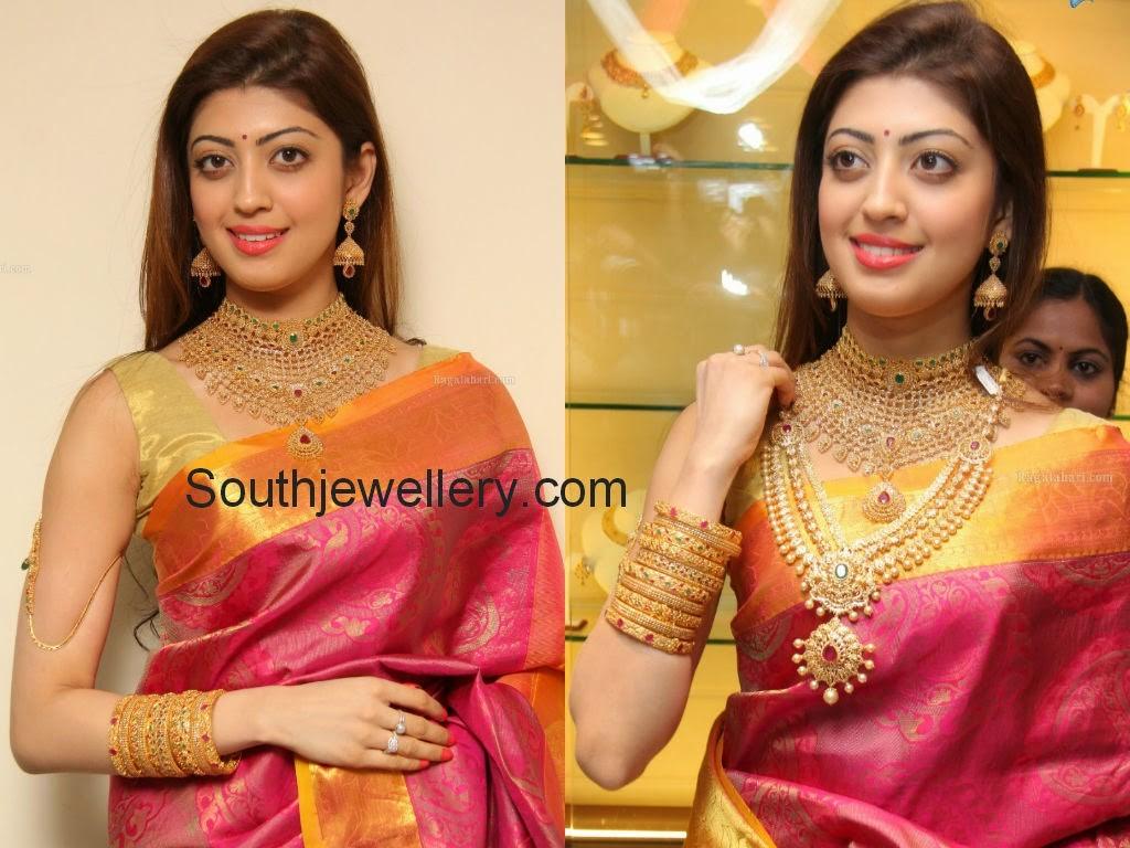 celebrity gold jewellery