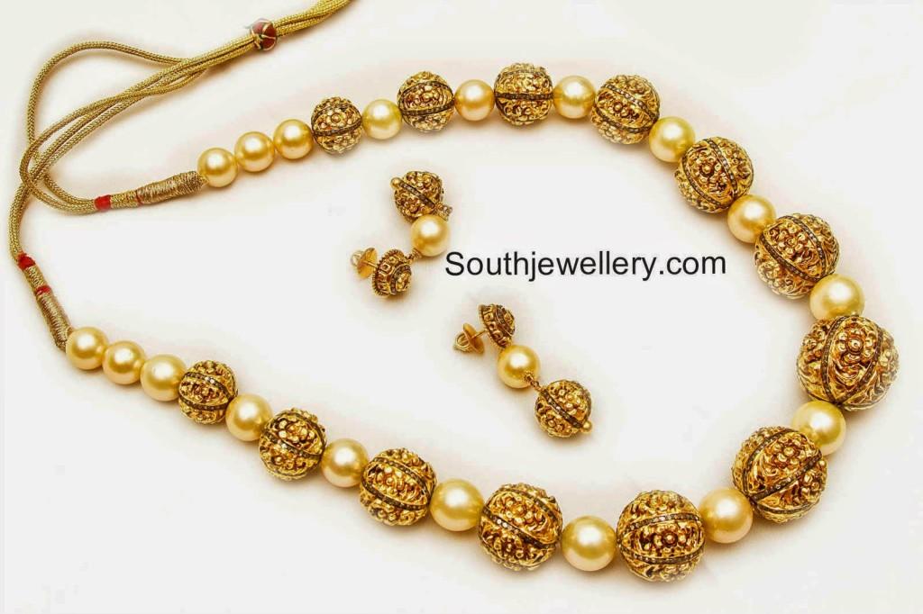 nakshi balls necklace designs