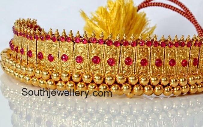 traditional gold choker