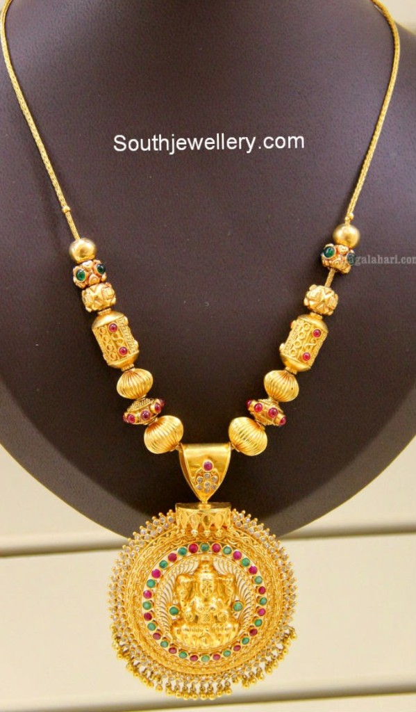light weight temple jewellery necklace jewellery designs