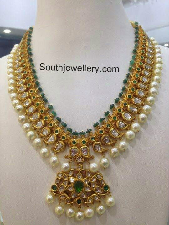 100 Grams Pacchi Necklace Jewellery Designs