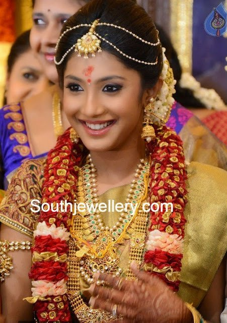 south indian bride gold jewelelry