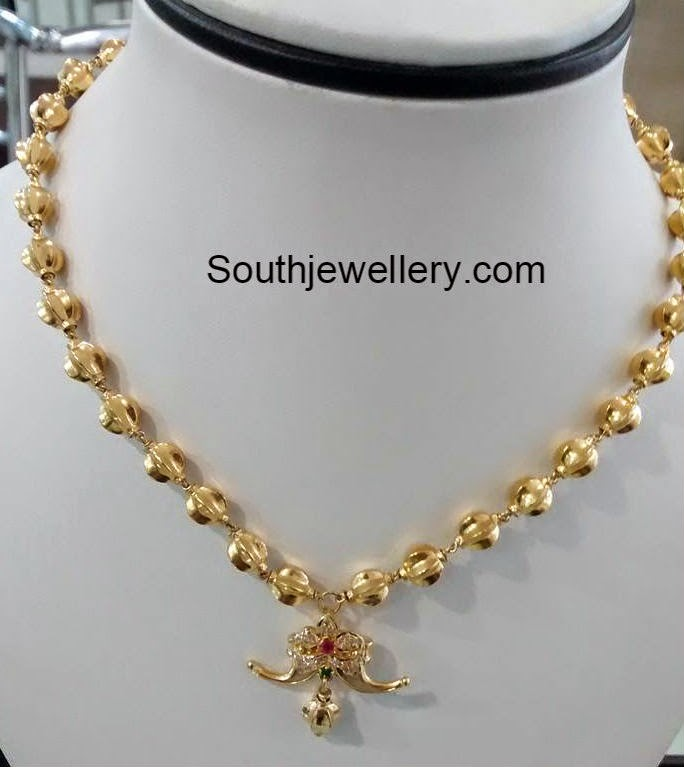 Simple Gold Balls Necklace with Puligoru Pendant - Jewellery Designs