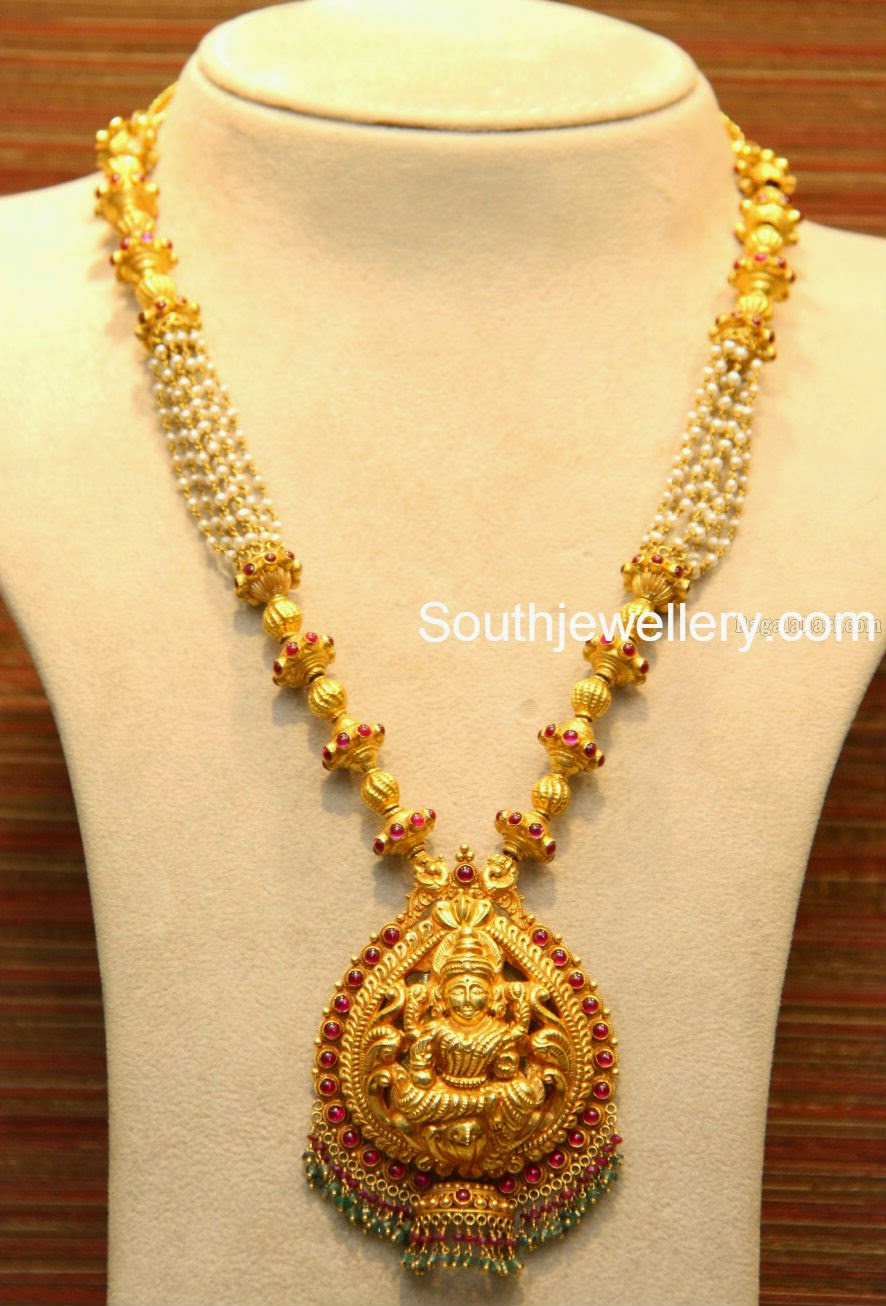 Diamond necklace set by khazana jewellers latest jewellery designs - Lakshmi Necklace With Pearls Jewellery Designs