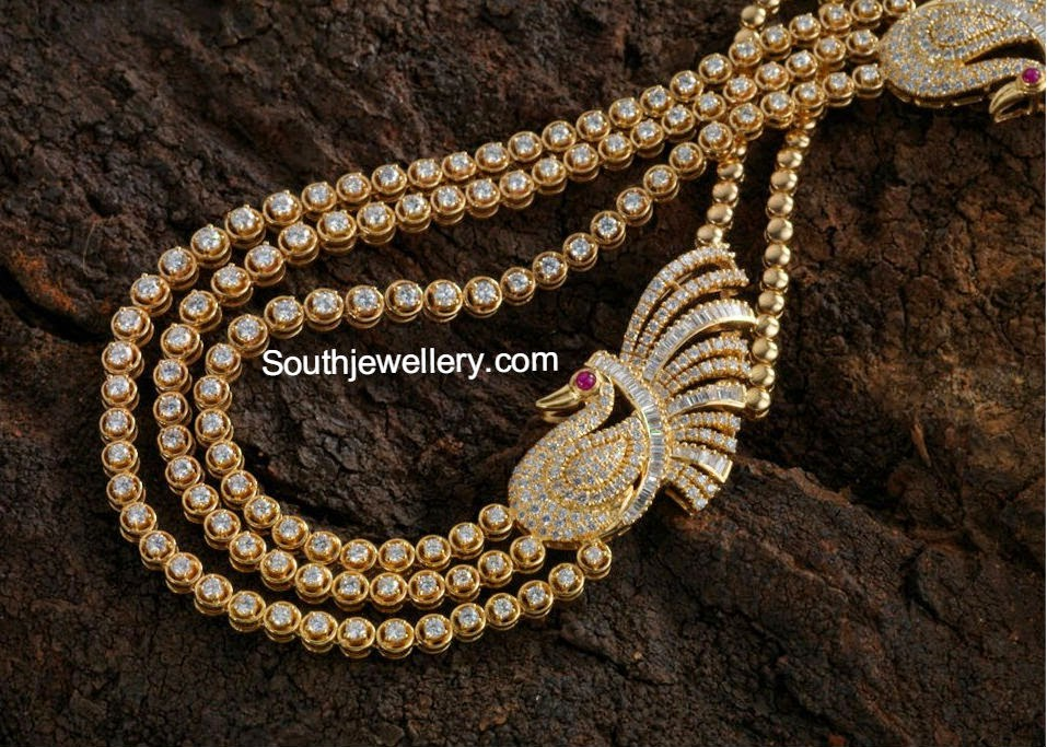 diamond necklace with peacock mogappu