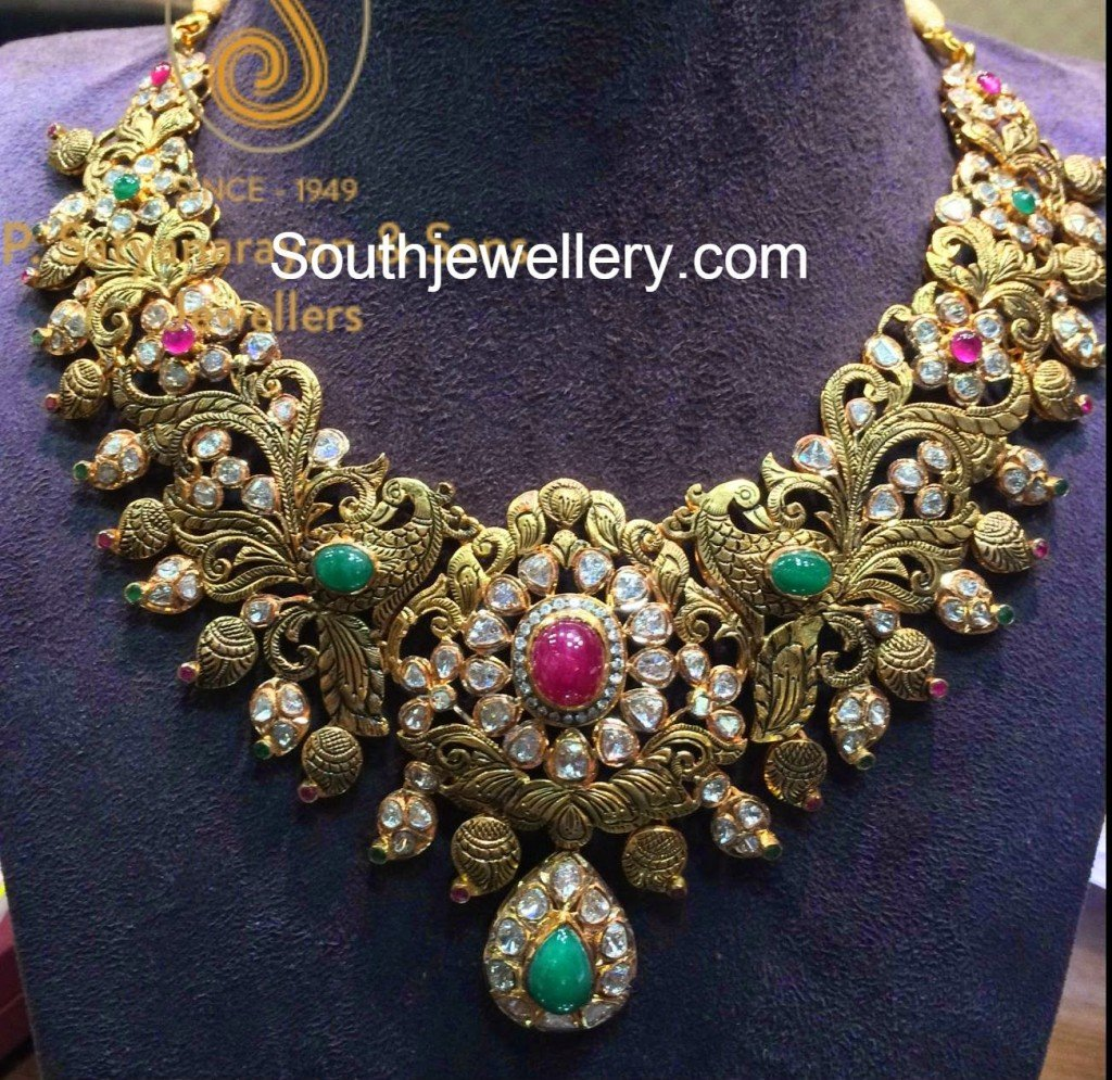 peacock pacchi necklace