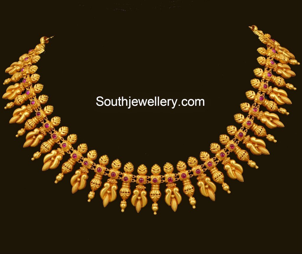 gold spinel necklace