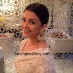 Aishwarya in Kundan Chandbalis
