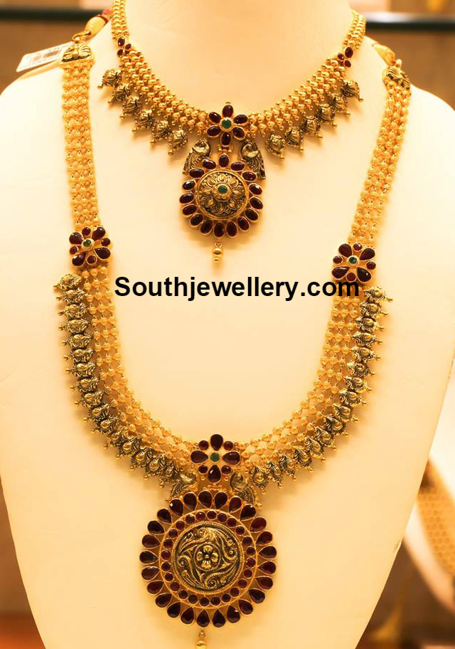 Antique Gold Necklace And Haram Set