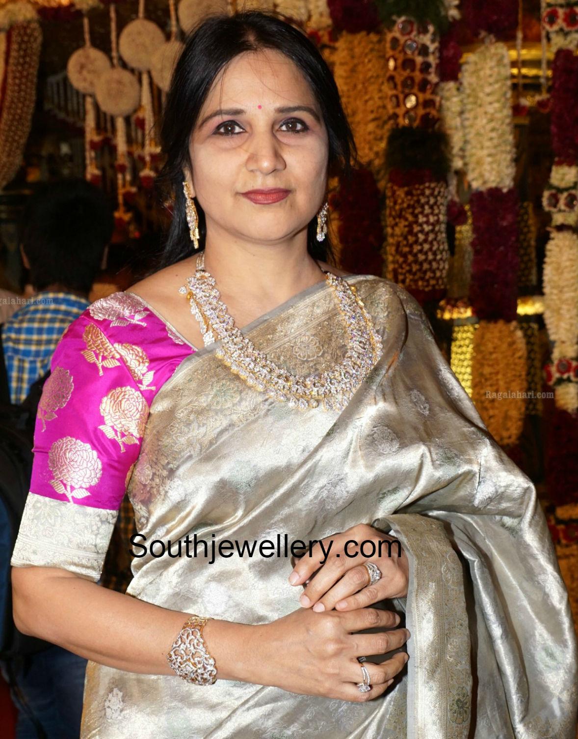 Suhasini in gundla haram jewellery designs - Socialite In Diamond Jewelry Socialite In Diamond Jewelry