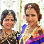 Viranica and Lakshmi's Jewellery at Manoj's Mehendi Function