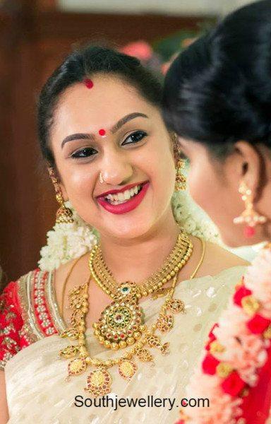 Preetha Vijaykumar In Antique Gold Jewelry Jewellery Designs