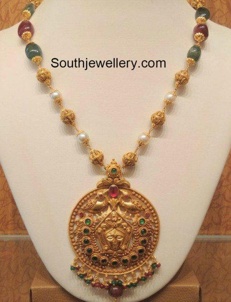 beads_mala_with+pendant