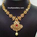 Flat Diamond Pacchi Necklace