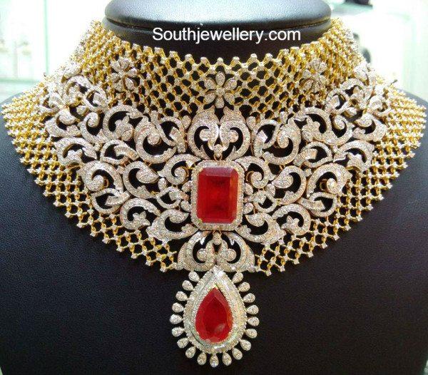 broad_diamond_necklace