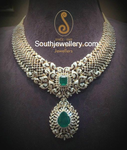diamond_necklace_with_emeralds