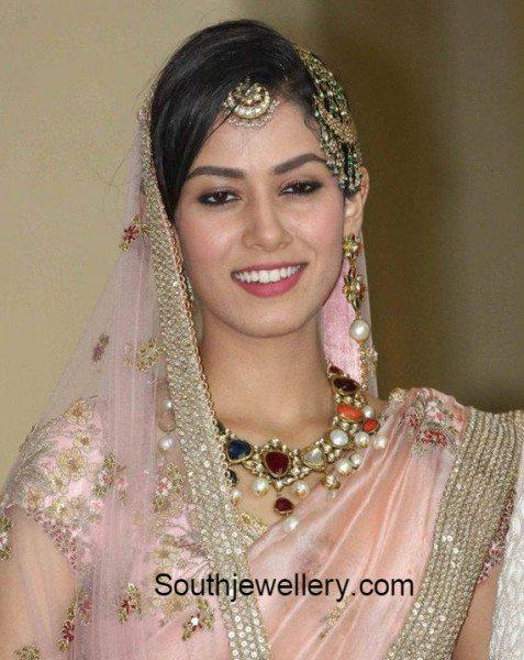 mira_rajput_marriage_jewellery