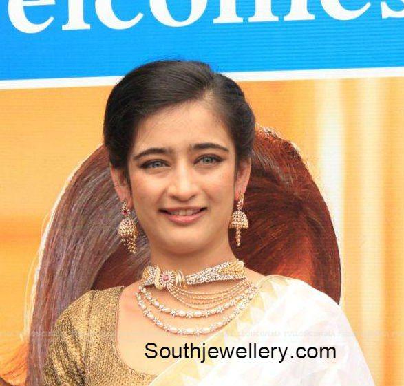 akshara_haasan_chennai_diamonds_inauguration