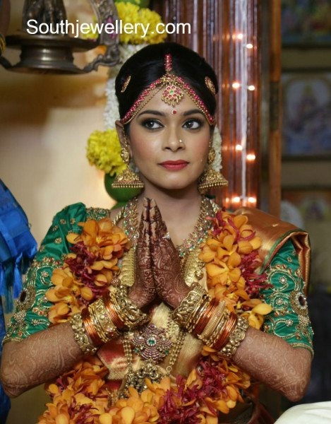 keerthi_kiki_marriage_jewellery