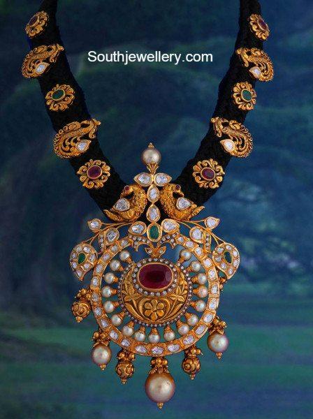 antique_black_dori_necklace