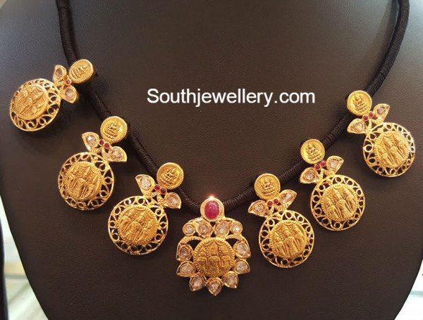 ramsita_kasu_necklace_black_thread