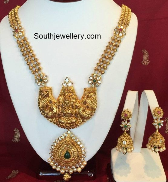 antique_gold_necklace_and_jhumkas