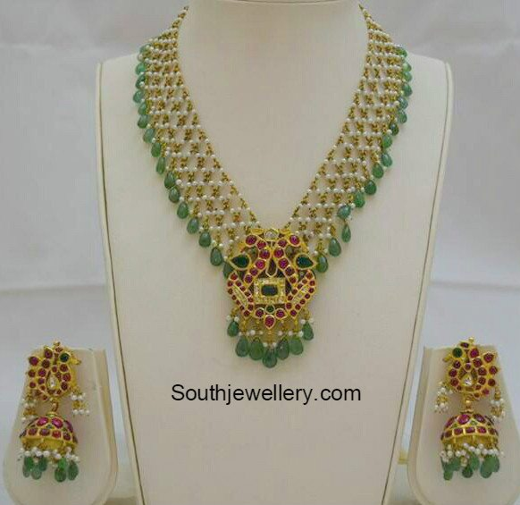 pearls_emerald_necklace