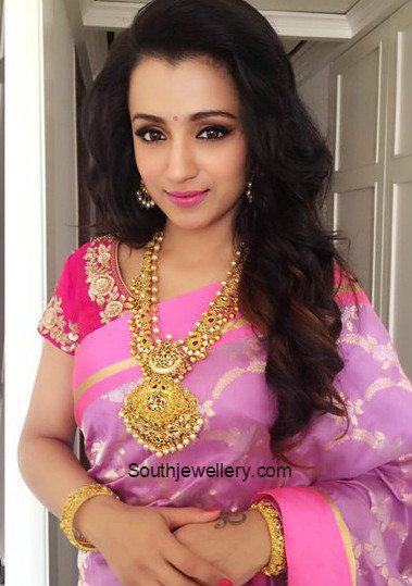 trisha_krishnan_nac_jewelelry_kanchipuram_store_launch