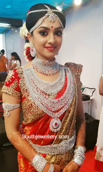 ravi pillai daughter arathi marriage jewellery