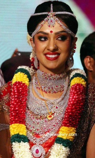 Ravi Pillai Daughter Arathi S Wedding Jewellery