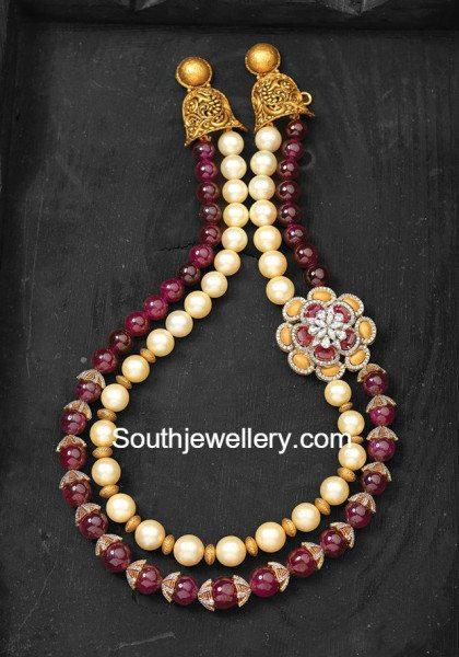 beads_mala_with_side_pendant