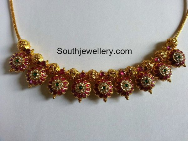 simple_ruby_floral_choker