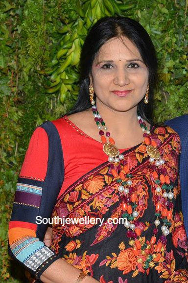 sreeja_motherinlaw)beads_mala_marriage_reception