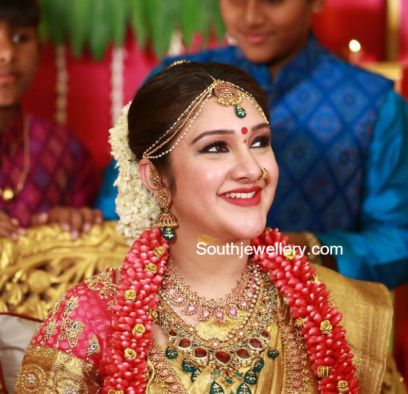 Sridevi Vijaykumar S Baby Shower Jewellery Jewellery Designs